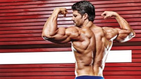 6 Lat Pulldown Variations to Build Your Back thumbnail