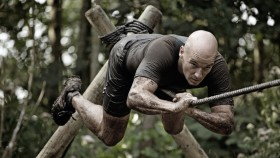 7 Durable Gear Essentials to Crush an Obstacle Course Race thumbnail