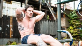 5 CrossFit Workouts You Can Do in the Park thumbnail