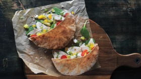 Recipe: How To Make Turkey Kiwi Salsa Pitas thumbnail