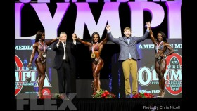 Awards - Figure - 2018 Olympia thumbnail
