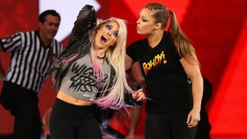 WWE 'Raw' Recap: Ronda Rousey Violates Suspension, Gets Title Shot at 'Summerslam' thumbnail