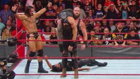 'Raw' Recap: Roman Reigns Gets Ambushed by Braun Strowman thumbnail
