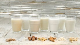 6 Milk Substitutes and How They Actually Work thumbnail