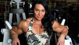 Athlete Spotlight: Alina Popa, #1 Female Bodybuilder in the World thumbnail
