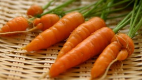 A picture of some baby carrots.  thumbnail