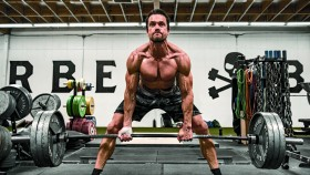 Beiron Anderssen Deadlift In The Gym  thumbnail
