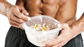 Bodybuilder-Eating-Tupperware thumbnail