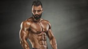 Bodybuilder posing thumbnail
