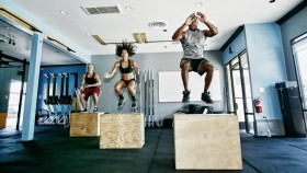 5 CrossFit Workouts You Can Do in 30 Minutes or Less thumbnail