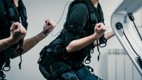 Miniatura de traje de estimulación muscular eléctrica