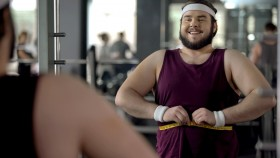 Fat-Man-Happy-Making-Fitness-Progress thumbnail