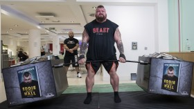 2017 World's Strongest Man, Eddie Hall Deadlifting 536 kilograms thumbnail