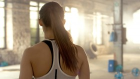 Girl-Entering-Gym thumbnail