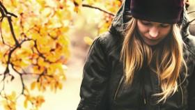 Girl-Looking-Down-Sad-Fall-Time thumbnail