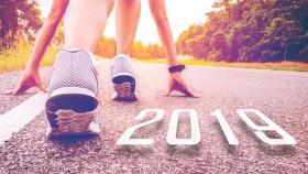 Miniaturas de chicas-corredoras-posición-con-línea-2019