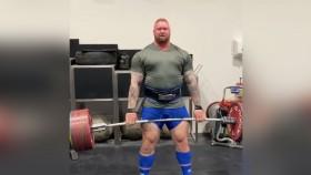 Hafþór Björnsson Deadlifts 888 Pounds Four Times thumbnail