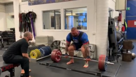 Hafthor Bjornsson deadlifting 805 pounds thumbnail