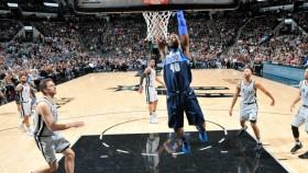 Harrison Barnes dunks during NBA game thumbnail