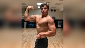 Arnold's Son Looks Just Like Him in this Posing Photo thumbnail