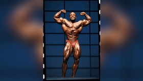Lee Haney Shares Leg-Training Methods in a 1988 Video thumbnail