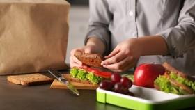 Fabricación de una miniatura de tabla de cortar sándwich