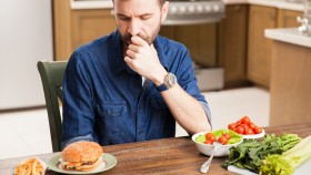 Man-Making-Dietary-Decisions-Burger-Salad thumbnail