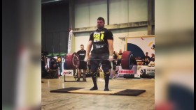 Martins Licis Deadlifted 803lbs for 8  thumbnail