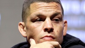 Nate Diaz Sparks Up Joint Ahead of UFC 241 thumbnail
