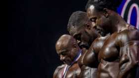Olympia-Behind-The-Scene-Dexter-Jackson-Roelly-Winklaar-Brandon-Curry-Heads-Down thumbnail
