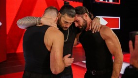 Roman Reigns reunites with The Shield on RAW. thumbnail