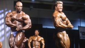Ronnie Coleman and Günter Schlierkamp square off at GNC's Show of Strength. thumbnail