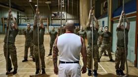 Army men climbing rope thumbnail