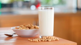 A picture of a glass of soy milk.  thumbnail