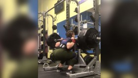This 21-year Old Woman Most Definitely Squats More Than You thumbnail