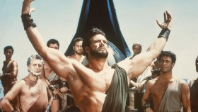 Miniatura de Steve-Reeves-Holding-Up-Hands