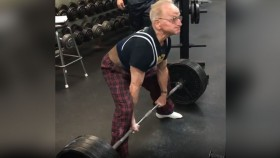 Meet Joe Stockinger, an 89-Year-Old Powerlifter Who Isn't Slowing Down thumbnail