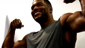Behind the Scenes at Michael Strahan' Muscle & Fitness Cover Shoot Video Thumbnail