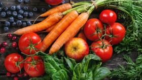 Superalimentos-Frutas-Verduras-Madera-Mesa miniatura