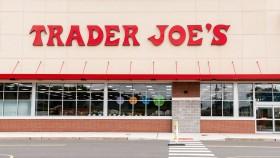 A photo of the front of a Trader Joe's. thumbnail