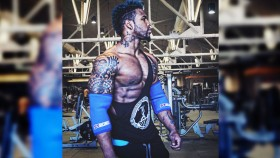Terron Beckham Does Insane Box Jumps With 315 Pounds thumbnail