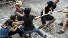 Tug-Of-War-Group-Of People thumbnail