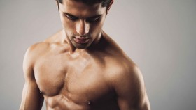 Men Spend More Time Staring at Guys' Chests than Women, a New Study Says thumbnail