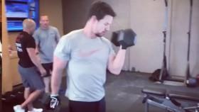 Mark Wahlberg workout thumbnail