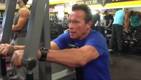 Arnold Schwarzenegger Holiday Training Montage thumbnail