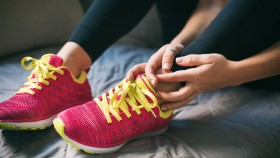 The Best Athlete's Foot Treatments Worth Trying thumbnail