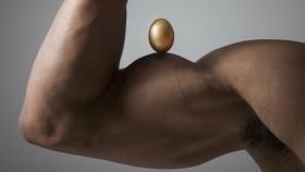 egg on bodybuilder's bicep thumbnail