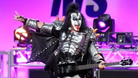 Gene Simmons Onstage with Kiss thumbnail