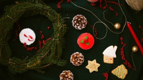 Holiday Desserts thumbnail