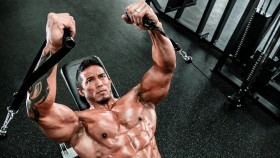7 Hardcore Chest Exercises for the Advanced Lifter thumbnail